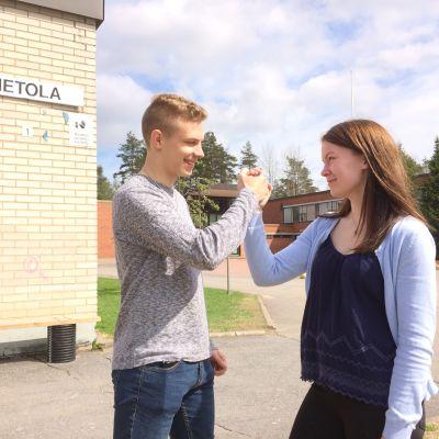 Matias Saarenpää ja Annika Tyynelä.