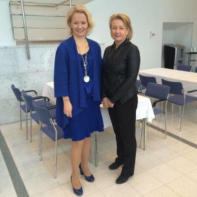 Pauliina Ahokas ja Erika Eischer Tampere-talossa