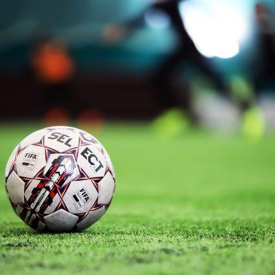 Jalkapallo maassa
