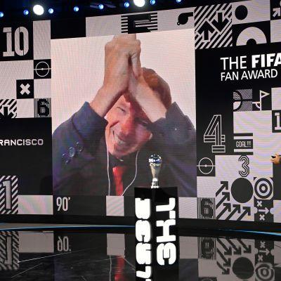 Marivaldo juhli Fifan palkintogaalassa etäyhteyden välityksellä
