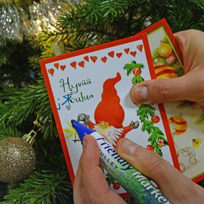 Hyvää Joulua -toivotuksen oikea kirjoitusasu