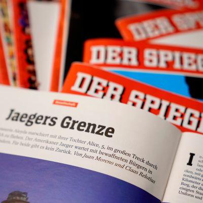 Der Spiegel -lehtiä.