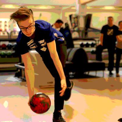 17-vuotias Jesse Ahokas on noussut nopeasti keilailun kärkikastiin.