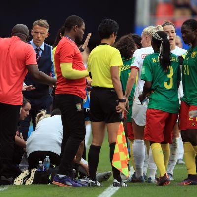 Englanti–Kamerun
