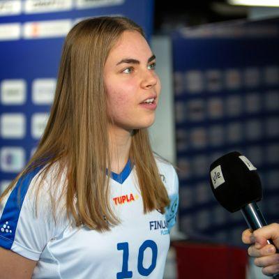 Suvi Hämäläinen MM-joukkueen julkistamistilaisuudessa Myllypurossa 5.11.2019.