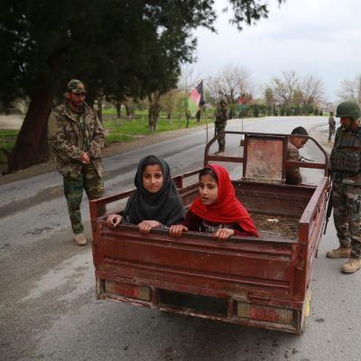 Turvatarkastuksia Afganistanissa