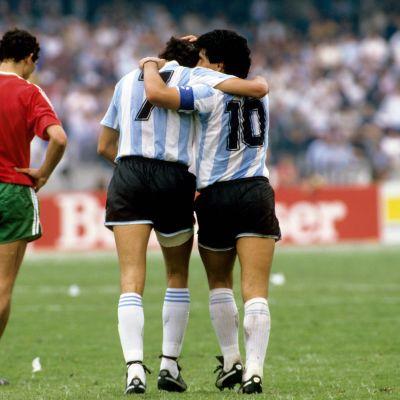 Jorge Burruchagan ja Diego Maradonan yhteistyö toimi hyvin.