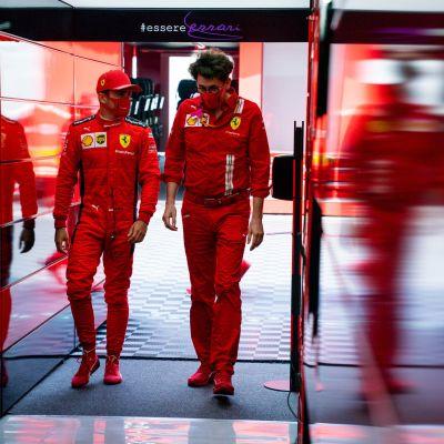 Ferrarin kausi on alkanut kaikkea muuta kuin tähtikuski Charles Leclercin ja tallipäällikkö Mattia Binotton toivomalla tavalla.