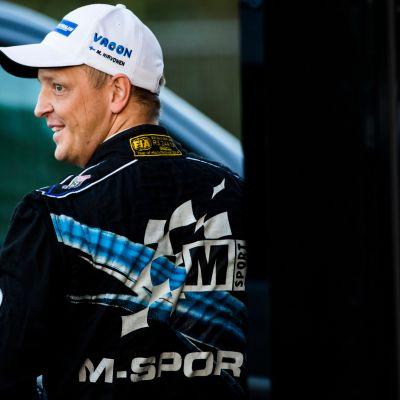 Mikko Hirvonen kuvattuna vuonna 2014.
