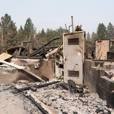 Tuhoutunut rakennus
