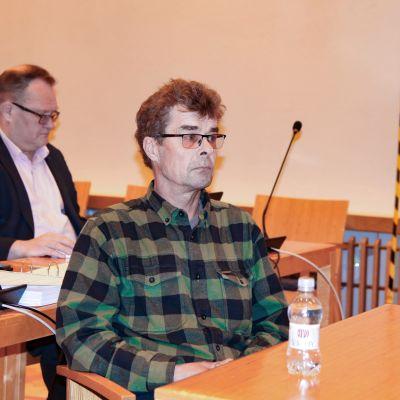 Eino Holck hovioikeuden istunnossa 29.9.2020