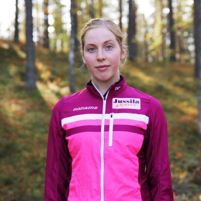 18-vuotias Elisa Mattila harrastaa kilpasuunnistusta.