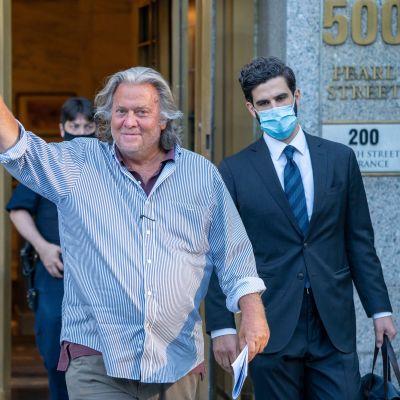 Steve Bannon vapautettiin vankilasta takuita vastaan viime elokuussa.
