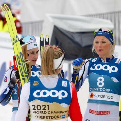 Ebba Andersson, Therese Johaug ja Frida Karlsson