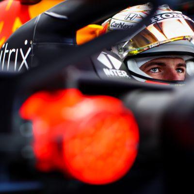 Max Verstappen lähikuvassa.