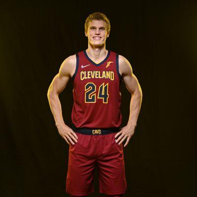 Lauri Markkanen #24,  Cleveland Cavaliersin mediapäivä 27.9. 2021