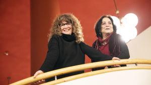Ohjaaja Rachel Leah Jones ja asianajaja Lea Tsemel kuvassa Helsingissä helmikuussa 2020.