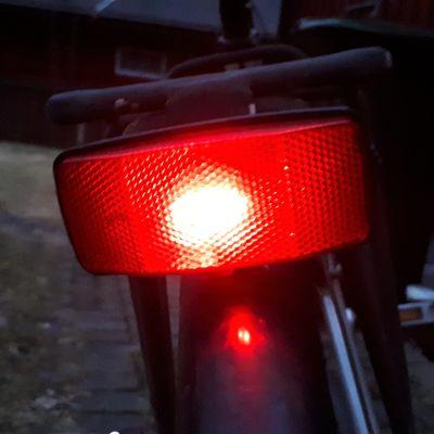 Polkupyörän palava takavalaisin