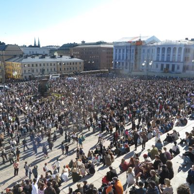 The anti-racism demonstration held on 3 June 2020 at Helsinki's Senate Square.