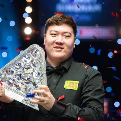 Yan Bingtao voitti Mastersin historian kolmanneksi nuorimpana pelaajana vain 20 vuoden iässä.