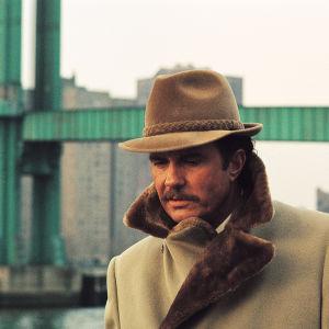 Cliff Robertson elokuvassa Korppikotkan kolme päivää (Three Days of the Condor), 1975