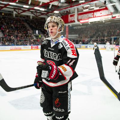 Antti Suomela har imponerat i JYP.
