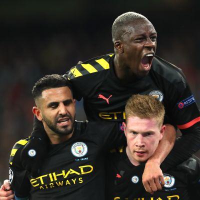 Manchester City juhlii