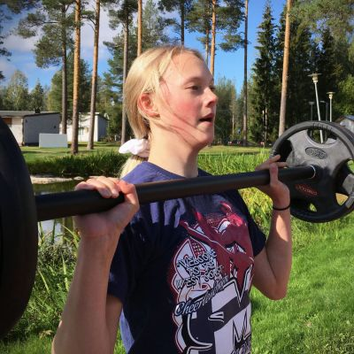 15-vuotias Fanny Mäkiranta on linjan kuopus Etelä-Pohjanmaan opiston poliisilinjalla.