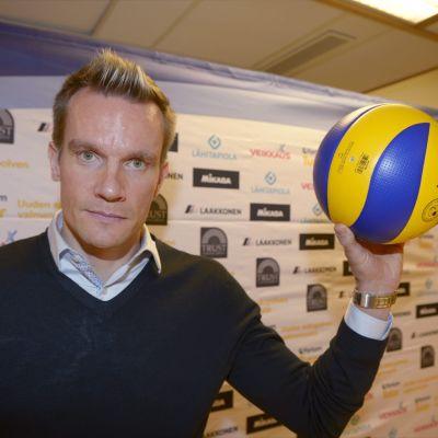 Tuomas Sammelvuo leder Finlands volleybollslandslag till år 2020.