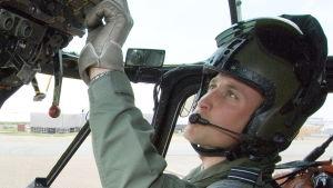 Prins William har fått avstå från jobbet som räddningspilot.