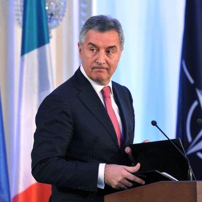 Djukanovic puhujapöntössä.