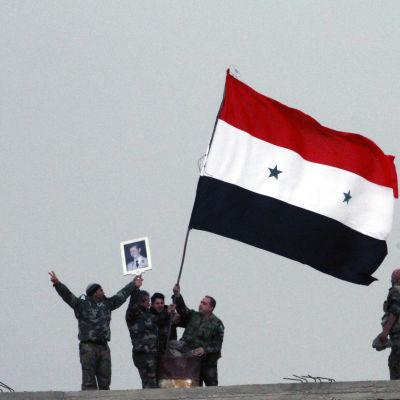Syriska regeringstrupper tog kontroll över det strategiskt viktiga området Deir al-Adas i Daraa den 11 februari 2015.
