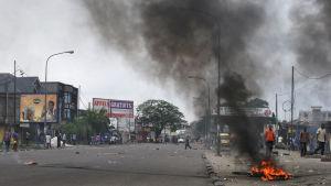 Våldsamheterna i Kinshasa var de värsta sedan januari ifjol då tiotals människor dödade i liknande protester
