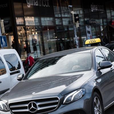 Taksi Helsingissä