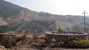 En gruva för sällsynta jordartsmetaller i provinsen Jiangxi i mellersta Kina