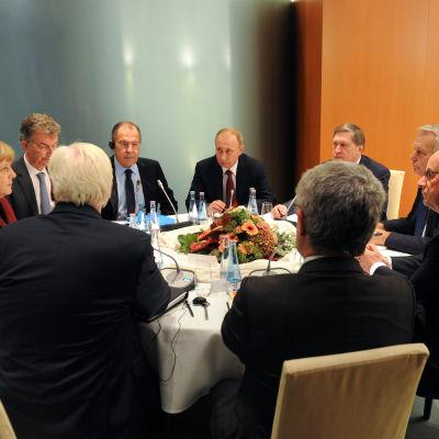 Tysklands förbundskansler Angela Merkel var värd för toppmötet med presidenterna från Ukraina, Ryssland och Frankrike