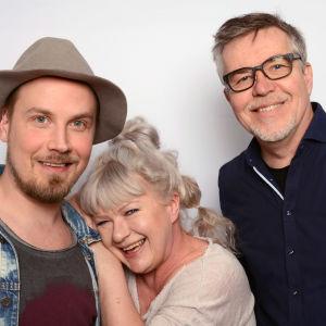 Jussi Selo, Tarja Närhi ja Pentti Rasinkangas Levylautakunnassa