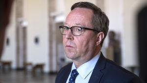 Valtiovarainministeri Mika Lintilä