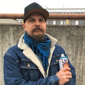 """Pete """"Hende"""" Nieminen on graffititaiteilija."""