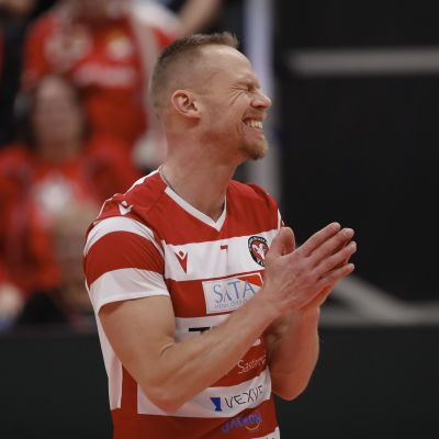 VaLePan Mikko Esko lentopallon miesten Suomen Cupin loppuottelussa