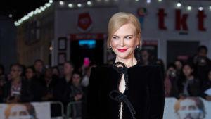Nicole Kidman klädd i svart på London Film Festival 12.10.2016