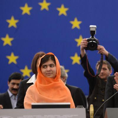 Malala Yousafzai fick EU-parlamentets människorättspris Sacharov-priset