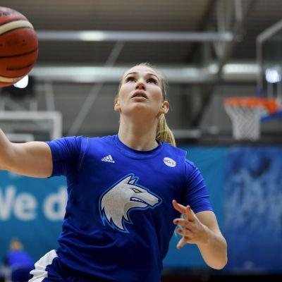 Annika Holopainen