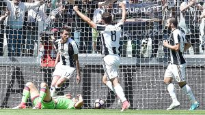 Juventus firar mål.