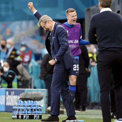 Markku Kanerva firar.