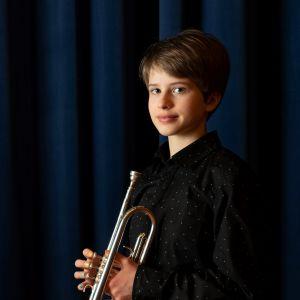 kuvassa trumpetisti Ilona Turriago