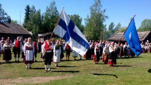 Folkdansare på Stundars