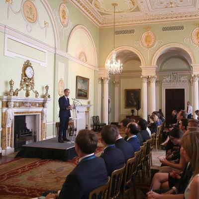 Mark Carney, chef för Bank of England, på presskonferens.
