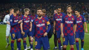 Barcelonaspelare samlade med Lionel Messi i spetsen.