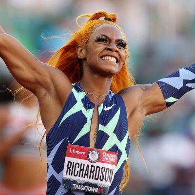 Sha'Carri Richardson firar segern på 100 meter i USA:s OS-kval i juni.